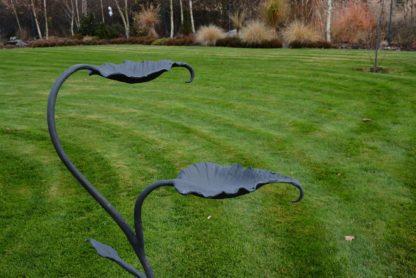 """Zahradní pítko pro ptáky """"Trifid"""" se dvěma listy"""